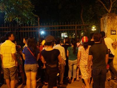 Người dân Hà Nội vẫn tới nhà Đại tướng