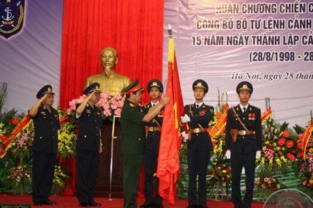 Cảnh sát biển đón nhận Huân chương Chiến công hạng nhất