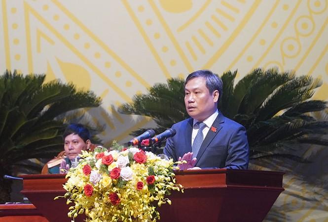 Ông Vũ Đại Thắng, Bí thư Tỉnh ủy Quảng Bình đọc diễn văn khai mạc đại hội