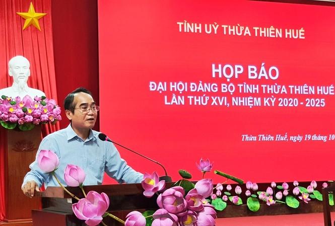 Ông Bùi Thanh Hà, Phó Bí thư Thường trực Tỉnh ủy TT-Huế, cho biết, tại đại hội lần này sẽ không tặng quà lưu niệm cho đại biểu, nhằm tránh gây lãng phí không cần thiết.