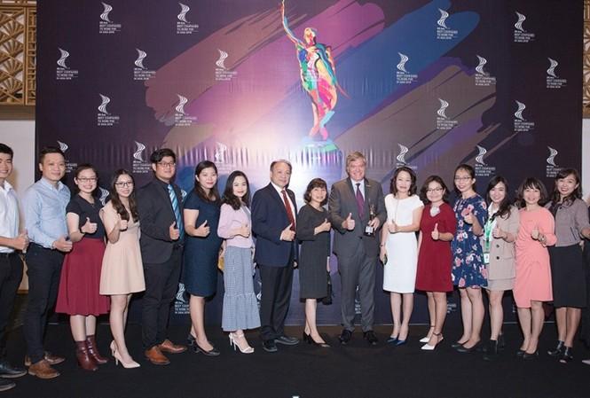 Đội ngũ nguồn nhân lực Heineken Việt Nam tự hào khi làm việc tại Doanh Nghiệp được vinh danh là Nơi làm việc tốt nhất Châu Á lần thứ hai liên tiếp. Ảnh: Viết Quý