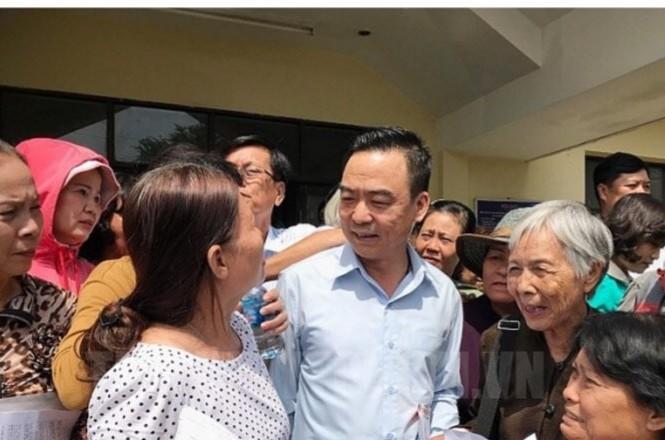 Trưởng Ban tiếp công dân Trung ương Nguyễn Hồng Điệp với bà con Thủ Thiêm