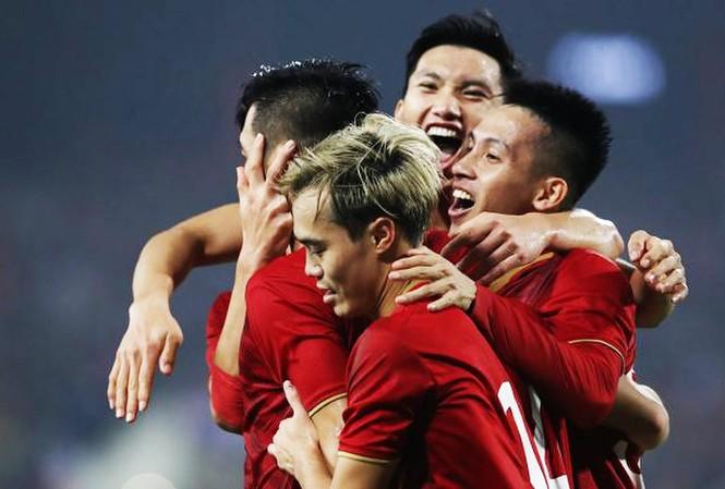 Đội tuyển Việt Nam bỏ xa Thái Lan trên bảng xếp hạng FIFA
