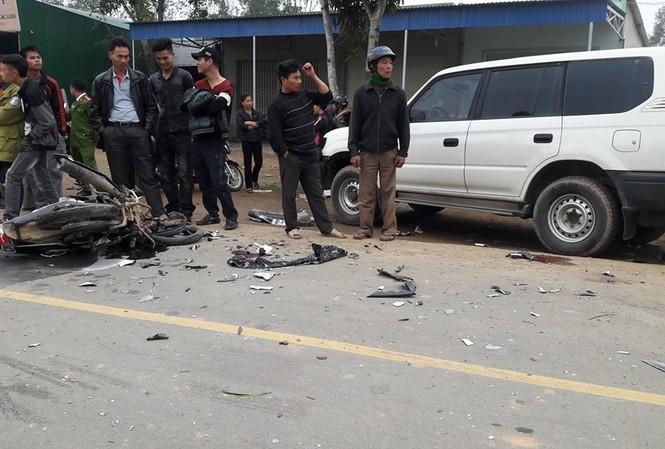 Hiện trường vụ tai nạn nghiêm trọng khiến 3 thanh niên tử vong.