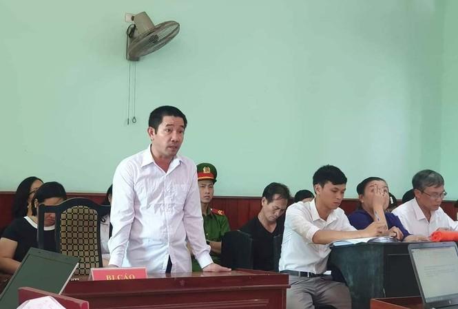 Ông Nguyễn Văn Chánh - nguyên chấp hành viên Cục thi hành án dân sự tỉnh Bình Định bị tuyên phạt 9 năm tù giam.