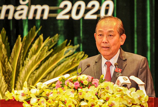 Phó thủ tướng Trương Hoà Bình phát biểu tại Đại hội Đảng bộ thành phố Đà Nẵng lần thứ XXII.