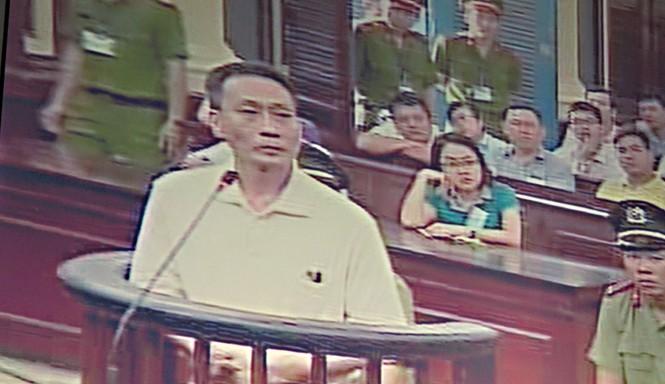 Nguyễn Ngọc Ngà tại phiên tòa chiều 30/3. Ảnh chụp qua màn hình.
