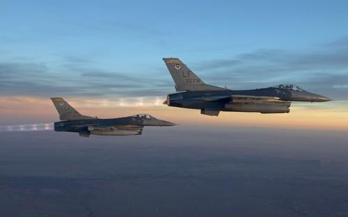 Tiêm kích F-16 là một trong những ứng cử viên cho Không quân Ấn Độ. Ảnh: Air Force Times.