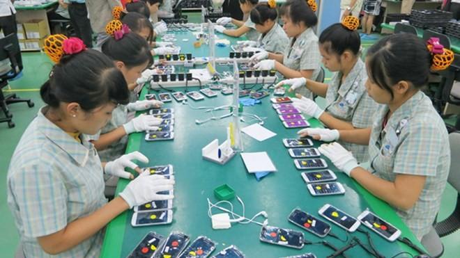 Sản xuất điện thoại Samsung. ảnh minh hoạ. internet