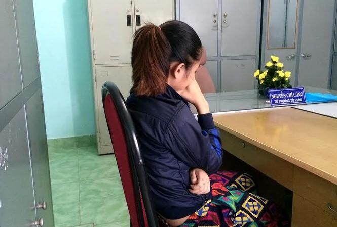 Nạn nhân làm việc với công an huyện Nhà Bè.