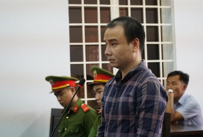 Bị cáo Trần Đình Trung tại tòa hôm nay. Ảnh: Tân Châu