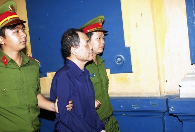 Ông Trầm Bê trong phiên xử trước bị tuyên 4 năm tù, nay đang đối diện với án phạt nặng hơn trong vụ án mà Cơ quan điều tra vừa kết luận. Ảnh: Tân Châu.