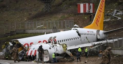 Các hãng hàng không sẽ làm gì khi có máy bay rơi?