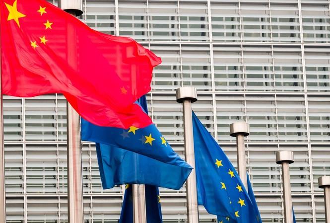 Cờ Trung Quốc và EU