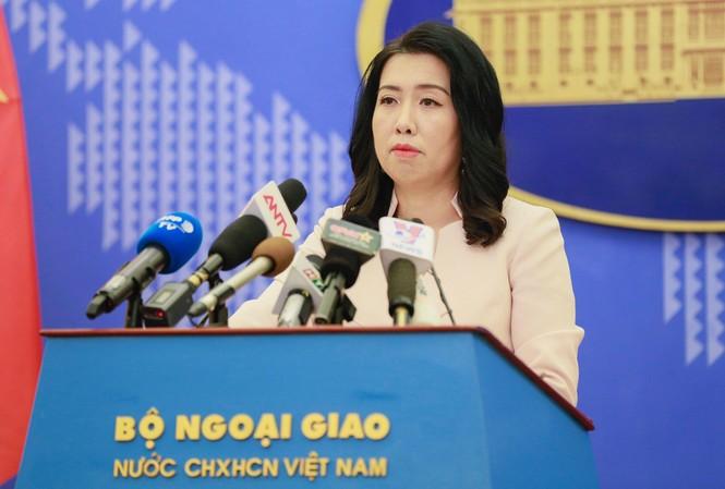 Bà Lê Thị Thu Hằng tại cuộc họp báo thường kỳ chiều nay. (Ảnh: Như Ý)