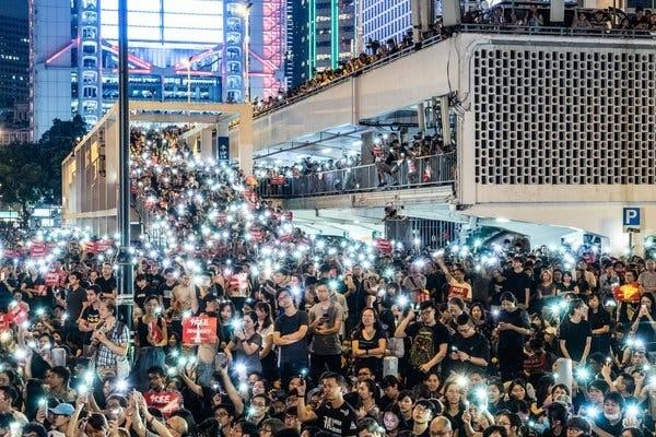 Biểu tình Hong Kong vẫn chưa có lối thoát. (Ảnh: NYT)