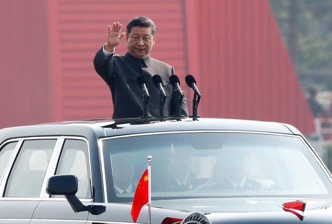 Chủ tịch Trung Quốc Tập Cận Bình trong lễ duyệt binh kỷ niệm 70 năm quốc khánh hôm 1/10. (Ảnh: Reuters)
