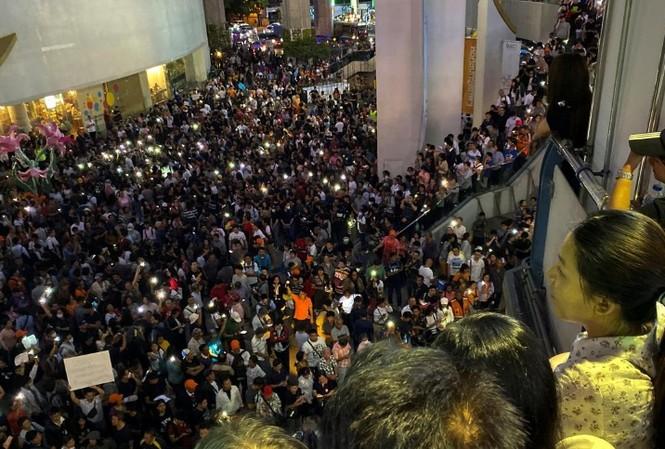Cuộc biểu tình cuối tuần qua ở Bangkok, Thái Lan. (Ảnh: Reuters)