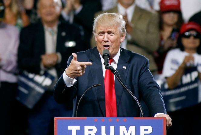 Ông Trump năm nay thua ông Biden về lượng tiền quyên góp ủng hộ tranh cử. (Ảnh: Getty Images)