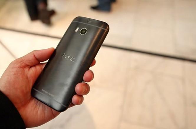HTC One M8 Prime sẽ có vỏ gốm