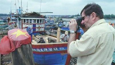 Cảnh trong phim Andre Menras - một người Việt.