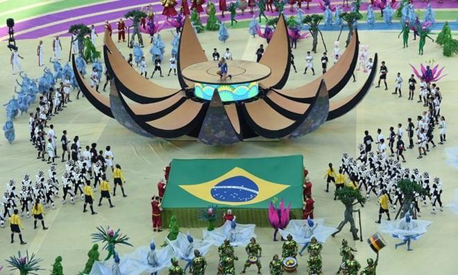 Khai mạc World Cup: Hòa nhịp những trái tim cuồng say