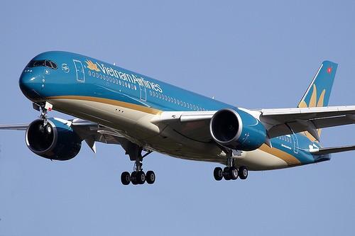 Vé Tết Vietnam Airlines giữa TP. HCM và Hà Nội 600 nghìn đồng