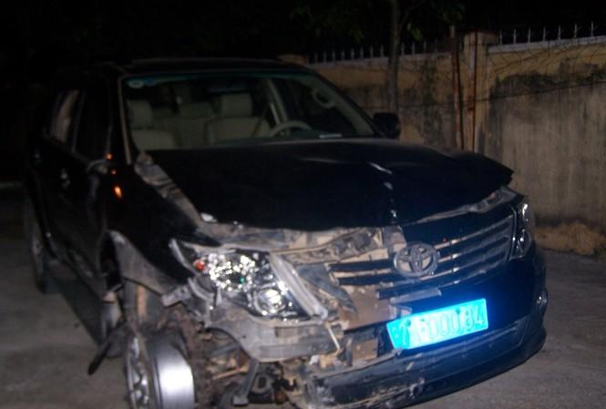 Xe ô tô gây tai nạn hàng loạt.
