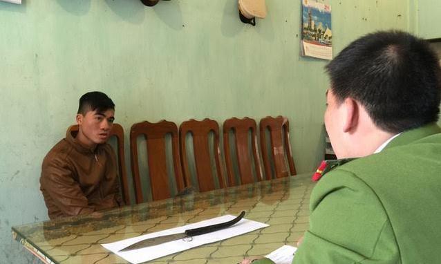 Đối tượng Bông khai nhận tại cơ quan công an. Ảnh: CA Lạng Sơn.