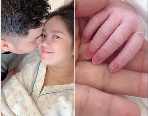 Chồng kém 7 tuổi hạnh phúc khi Lê Phương hạ sinh con gái