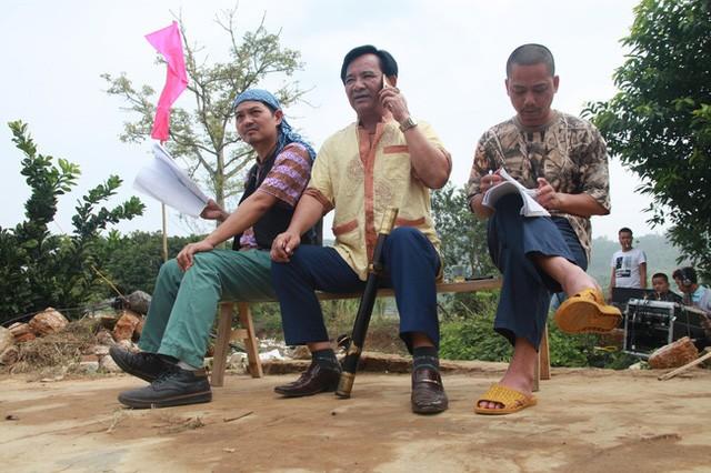 Showbiz 11/1: Quang Tèo lên tiếng về tin đồn cát-xê tiền tỷ
