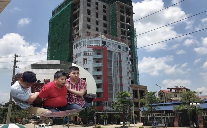 Thời điểm ông Voòng xây khách sạn 10 tầng, được coi là tòa nhà cao nhất Lạng Sơn.