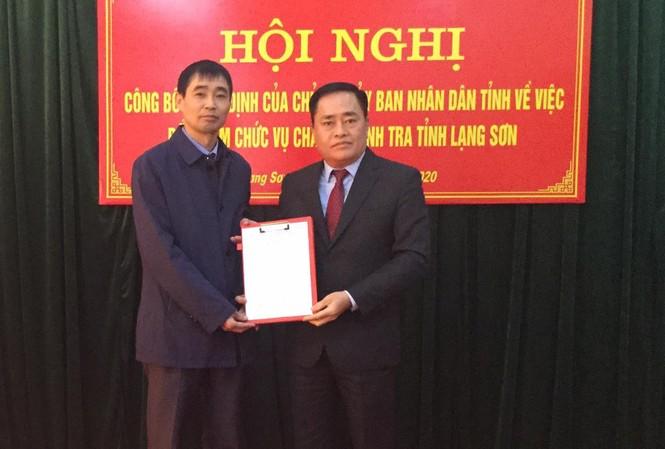 Lãnh đạo tỉnh Lạng Sơn trao quyết định bổ nhiệm ông Đậu Trường An (bìa trái) giữ chức vụ Chánh thanh tra tỉnh Lạng Sơn .Ảnh: Duy Chiến