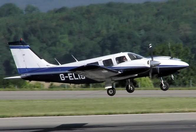 Hình ảnh một chiếc Piper PA-34-200T.  Ảnh: Adrian Pingstone