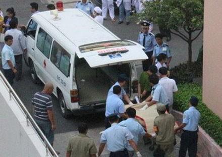 Thai phụ nhảy lầu bệnh viện Từ Dũ tự tử