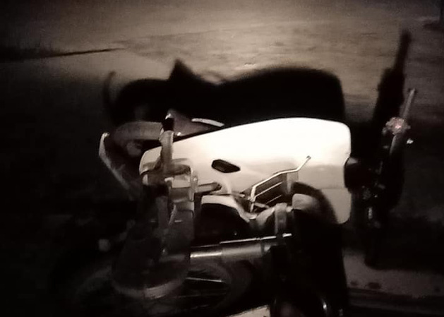 Chiếc xe máy tại hiện trường