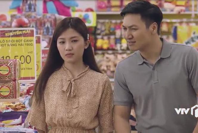 Lương Thanh vào vai cô giáo Hương người yêu Huy (Mạnh Trường)