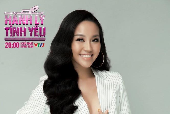 Nữ MC Phong Linh hẹn hò vì tình duyên quá trắc trở