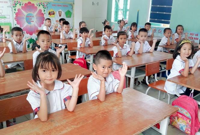 Hà Nội vẫn còn tình trạng 65 học sinh/lớp