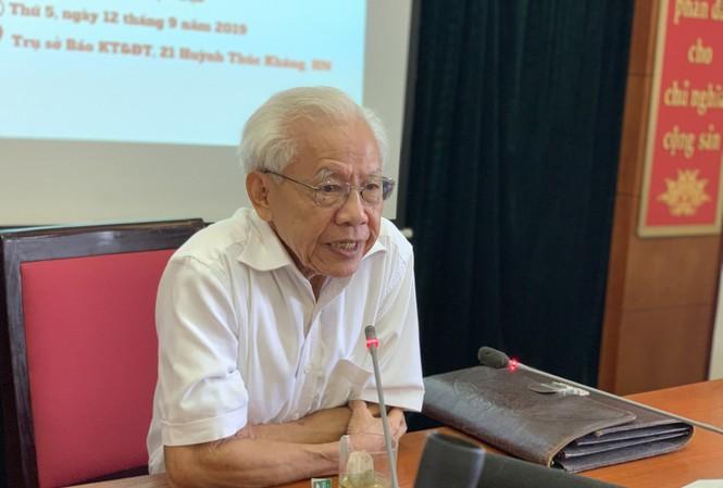 GS Hồ Ngọc Đại trao đổi với báo chí ngày 12/9
