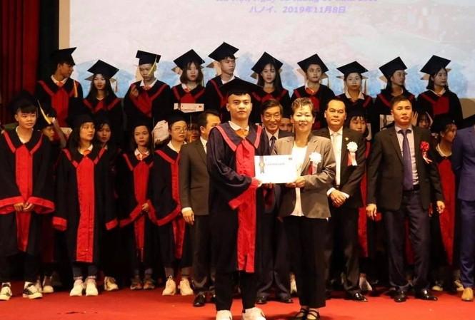 Hình ảnh tại lễ trao học bổng