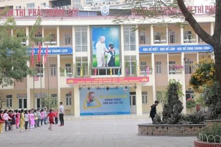 """Trường tiểu học Trung Văn, nơi phụ huynh """"tố"""" giáo viên đánh học sinh"""