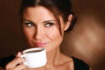 Uống cà phê giúp tăng cường trí nhớ