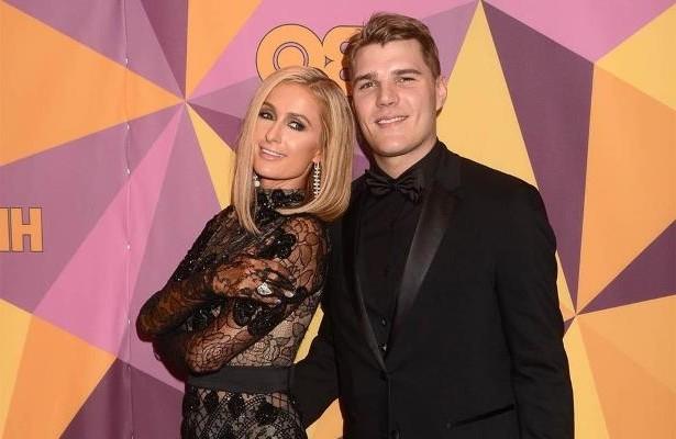 """Một nguồn tin tiết lộ Paris Hilton và vị hôn phu Chris Zylka sẽ cùng nói câu """"Tôi đồng ý"""" (I Do) tại nhà thờ ở Beverly Hills, California vào hôm 11/11 tới đây."""