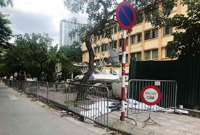 Hoàn tất cưỡng chế công trình không phép trên mương Phan Kế Bính