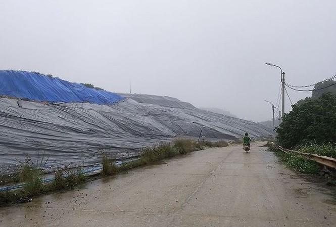 Hà Nội yêu cầu xử lý các trường hợp cản trở hoạt động bãi rác Nam Sơn