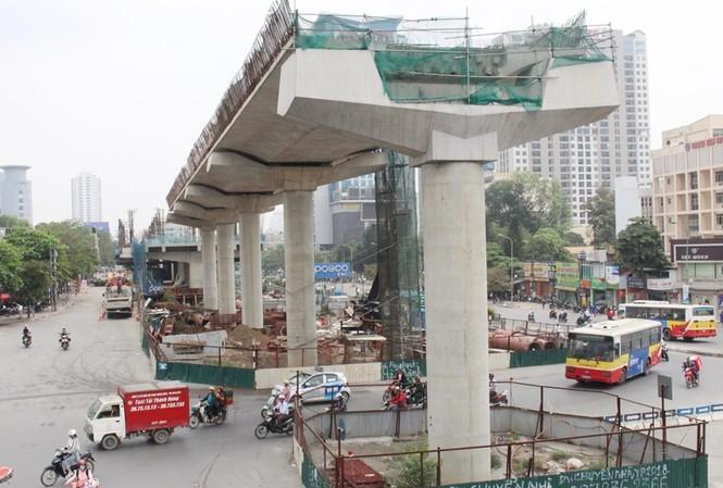 Công trường thi công metro Nhổn - ga Hà Nội do nhà thầu Quốc tế đảm nhiệm