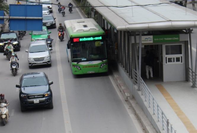 Đường dành riêng cho xe buýt BRT tại Hà Nội