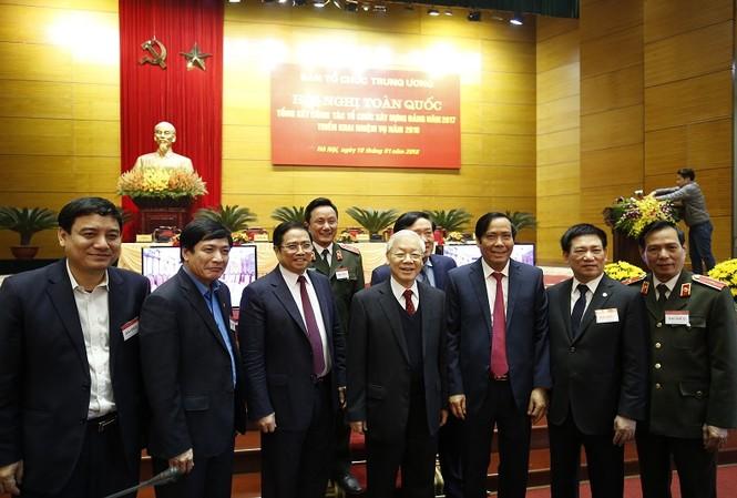 Tổng Bí thư Nguyễn Phú Trọng và các đại biểu tham dự hội nghị (ảnh Như Ý)