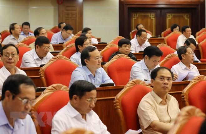 Các đại biểu tham dự Hội nghị Trung ương 7
